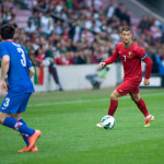 800px-Cristiano_Ronaldo_-_Croatia_vs._Portugal,_10th_June_2013_(2)